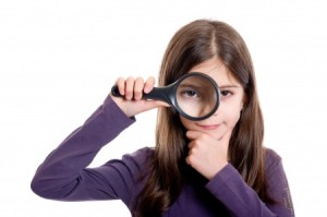girl-with-magnifying-glass-21