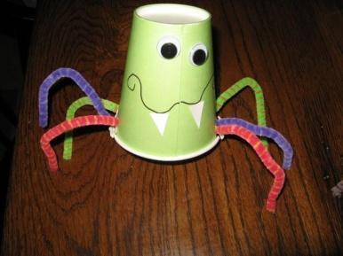 Halloween-Craft-Ideas-For-Kindergarten-Party-3