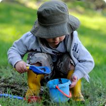 kid-mud_iStock_219x219